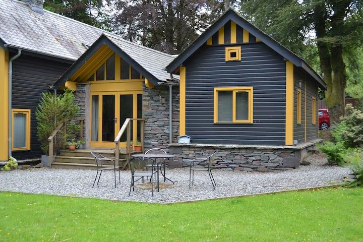 Carr Crag Pavilion, Sleeps 4, Pet Friendly