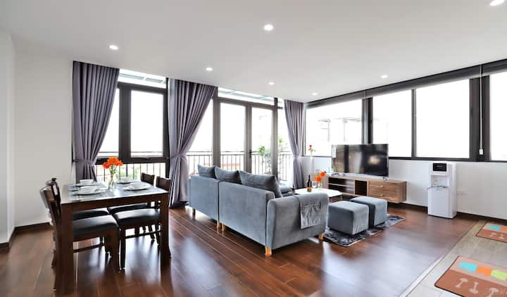 Luxury 2 BRs apartment - best quality