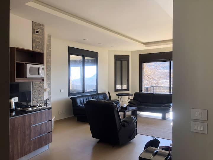 Luxurious 2 Bedrooms In Faraya, (Prime Location).