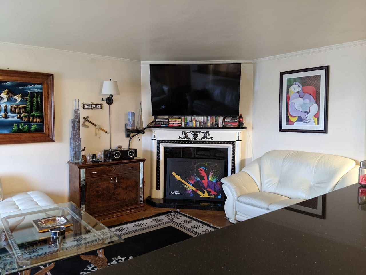 SF Southern Hills 3 Bedroom Apartment with Parking