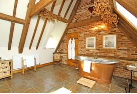 Granary Digby, Luxury rural cottage nr Lincoln