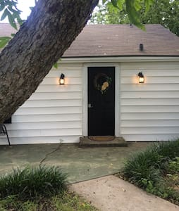 Charming Backyard 1BR/1BA Bungalow - Bungalow