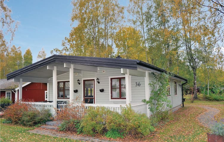 Holiday cottage with 3 bedrooms on 73 m² in Källby