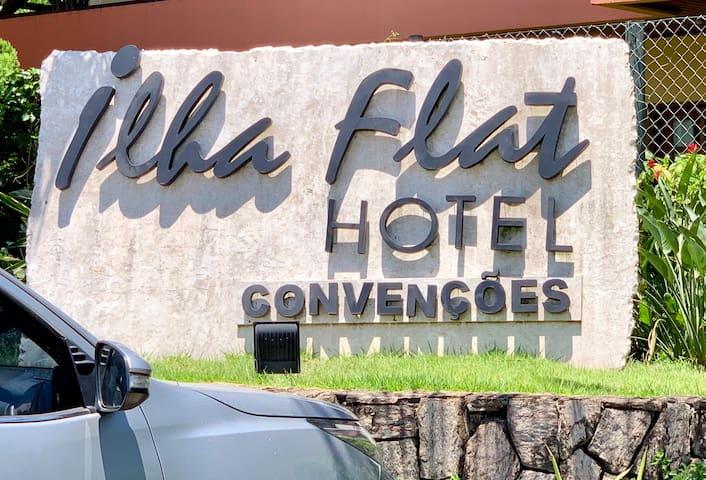 """""""ILHA FLAT"""" Flat 2110 - Prático e bem localizado"""
