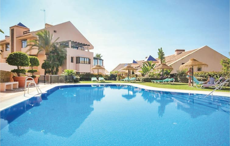 Holiday apartment with 2 bedrooms on 105m² in Calahonda, Mijas Costa