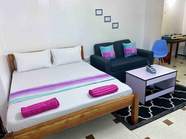 COSY NYALI APT 7 min to BEACH ideal for LONG STAYS
