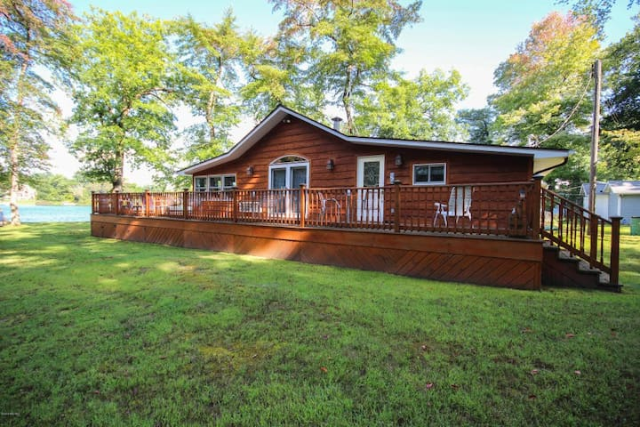 The Point at Fishers Lake with Amazing Lake Views