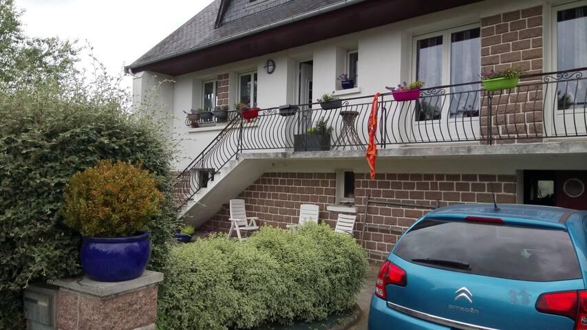 Chambre, près de Landerneau (expo Fonds Leclerc)
