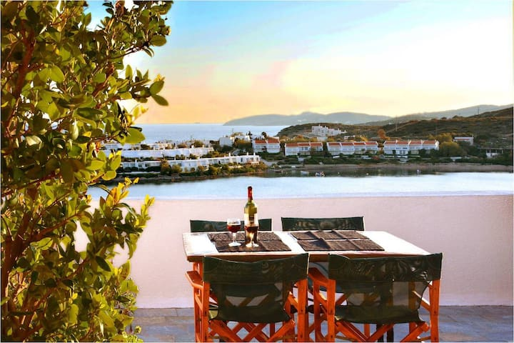 Athens Seaview house, just 30' to Airport - Sounio - Hus