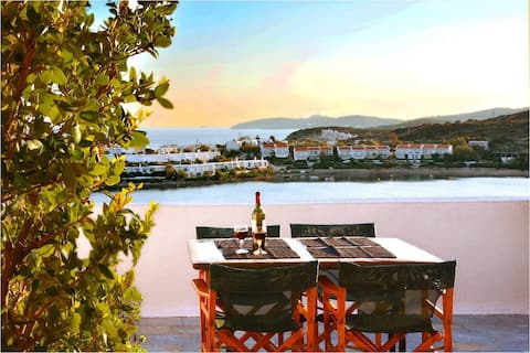 Athens Seaview house, just 30' to Airport