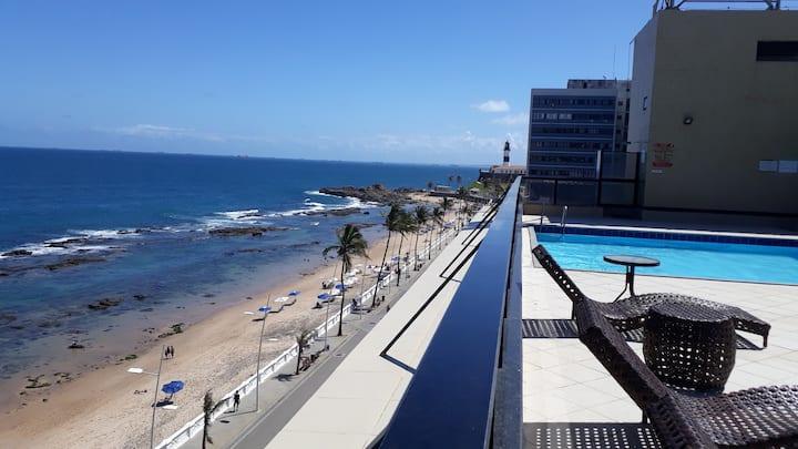 Aconchegante flat à Beira Mar / Farol da Barra