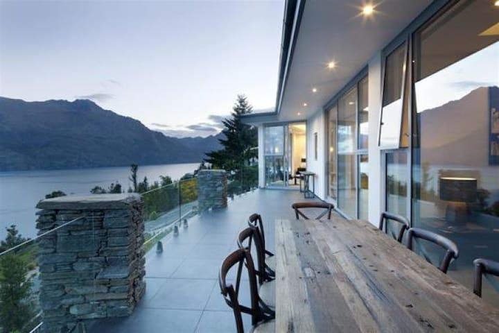Lake Views at Aspen House