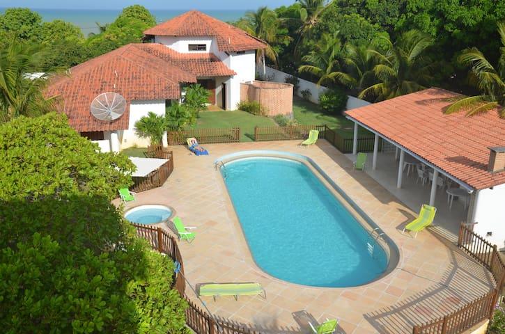 Casa Q Coisa ,on Smokey Hill , Cumuruxatiba, Bahia - Cumuruxatiba