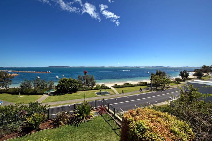 Kiah, 12/53 Victoria Pde - panoramic water views in the heart of Nelson Bay