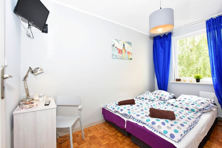 CITYCENTRAL Hostel double/twin room close RYNEK
