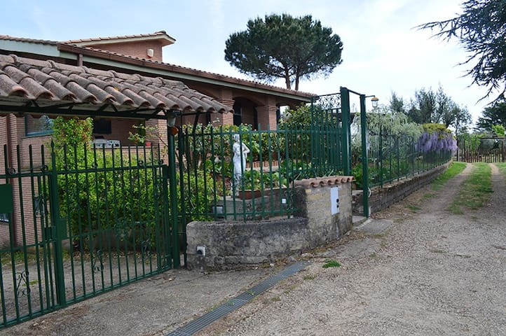 Wonderful country house near Rome - Velletri - Villa