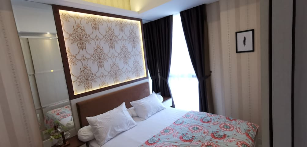 Cozy Modern Bed