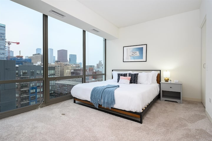 Kasa Chicago | Family Friendly 2BD/2BA with Kitchen | South Loop