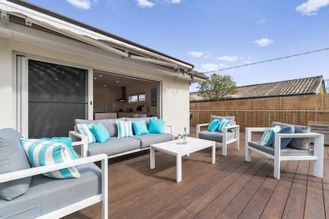 Mornington Beach House, Modern and Characterful.
