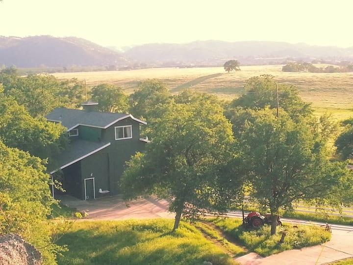 Barn APT at the Holland Ranch