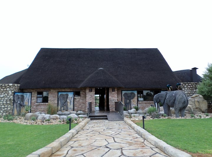 West Nest Lodge - Luxury chalet