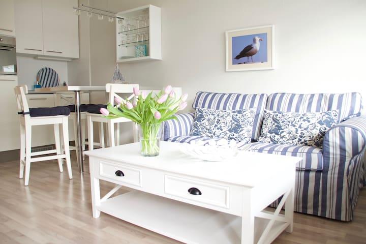 BelEtage Blu/Apartment at the Sea !