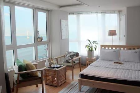 OceanView/Beach/광안리 바다를 품다! 지니하우스#7 - 부산광역시 - Departamento