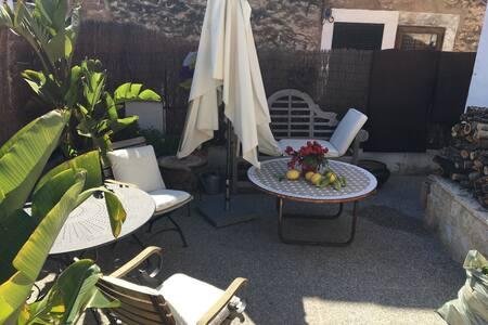 Hübsches, gemütliches Dorfhaus - Tramuntana - Es Capdellà - Talo