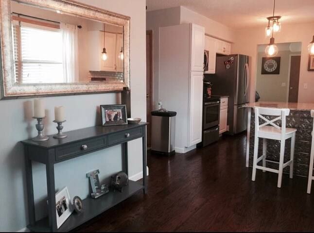 Brand New fully renovated Twin Cities get away!