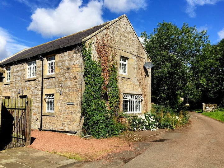Converted Granary Directly In The Cheviot Hills