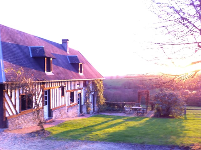 La Maison d'Amis,( Domaine La Ferme Saint Michel ) - Cambremer - Haus