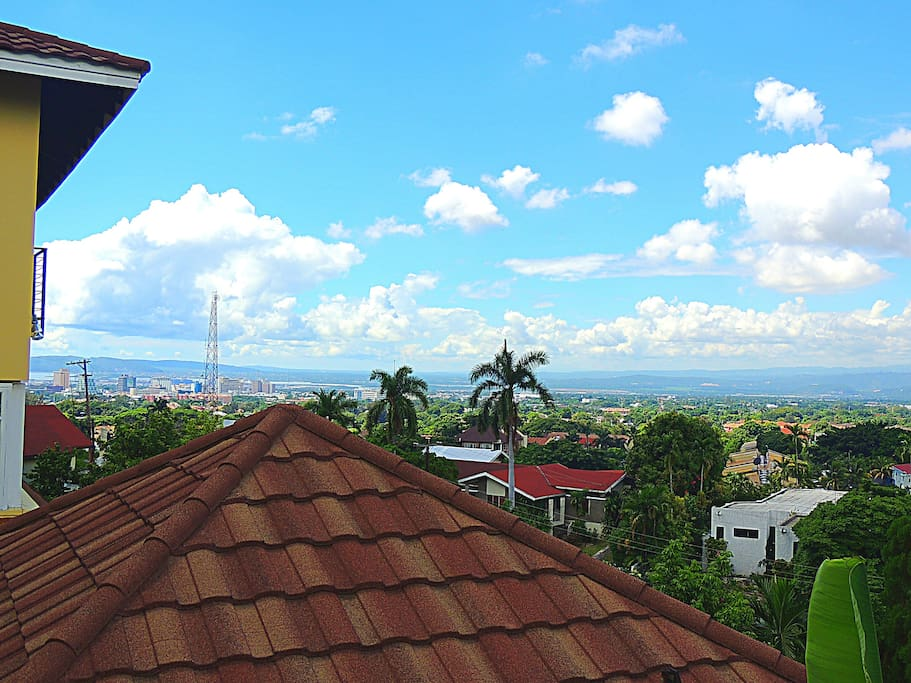 Scenic view of Kingston & St. Andrew