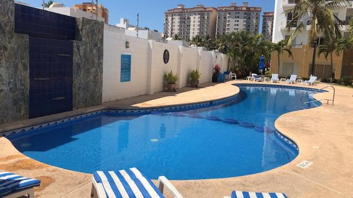 Departamento Marina-Cerritos. Playa y Piscina