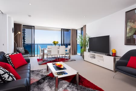 1 ORACLE BLVD 5STAR 2BED 2BATH WIFI - Broadbeach