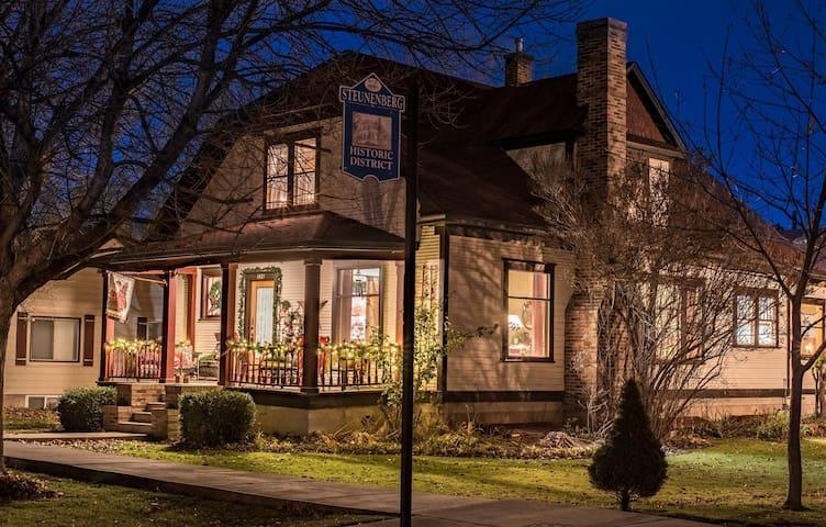 The Platt House - Caldwell - Aamiaismajoitus