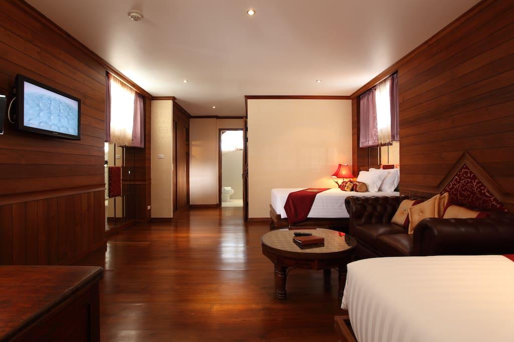 Upper Deck room  (2 Single bed)