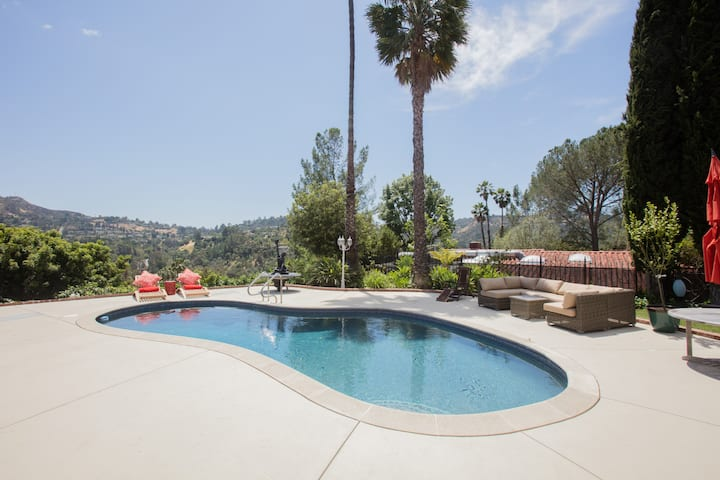 Hollywood Hills PoolHouse PhotoVideo shoots CLEAN