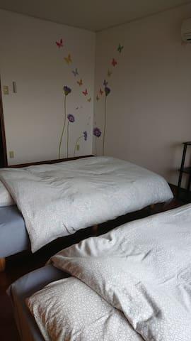 ベッドルーム1 2ベッド bedroom no.1 2beds