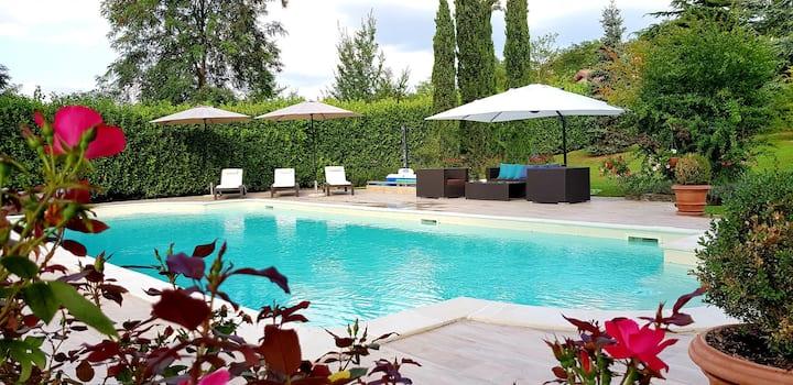 "Luxury Villa ""Cocco"" with Private Swimming Pool."