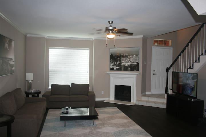 Apt / welcome to townhouse / surgical center - Houston - Apartamento