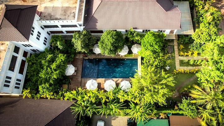 Private Luxury Room - La Residence Blanc D' Angkor