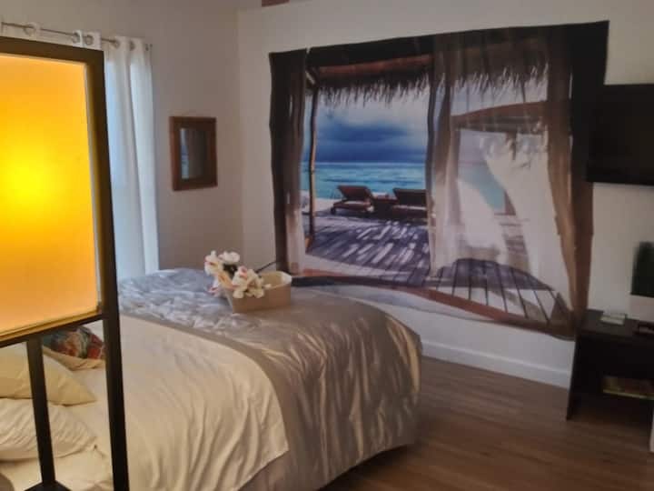 Tropical Priv 2bed 1 bath