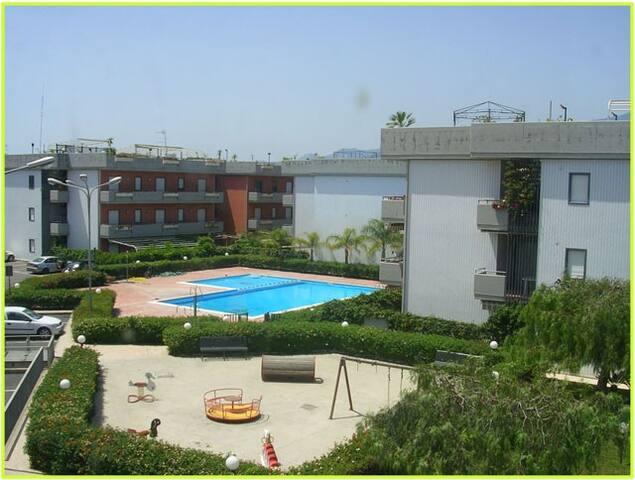 Flat with swimming pool in Fondachello of Mascali - Mascali - Apartamento