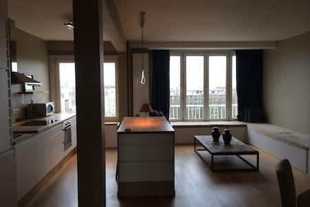 Skyline Antwerpen Appartement 9C - Antwerpia