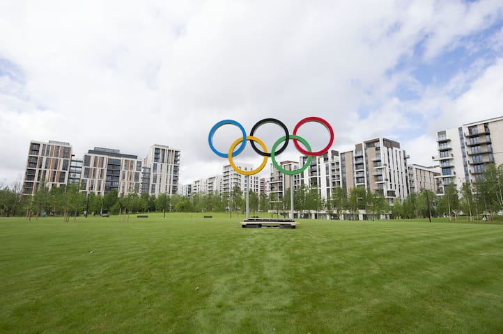 ★★★★★NEW,ORIGINAL OLYMPIC VILLAGE,5-MINS-TUBE