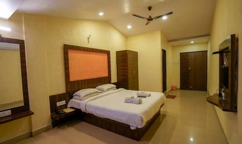 Double  Deluxe Rooms