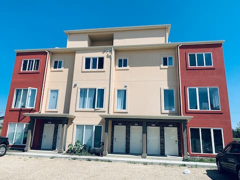 Fort Sk New clean Condo in great location. $60