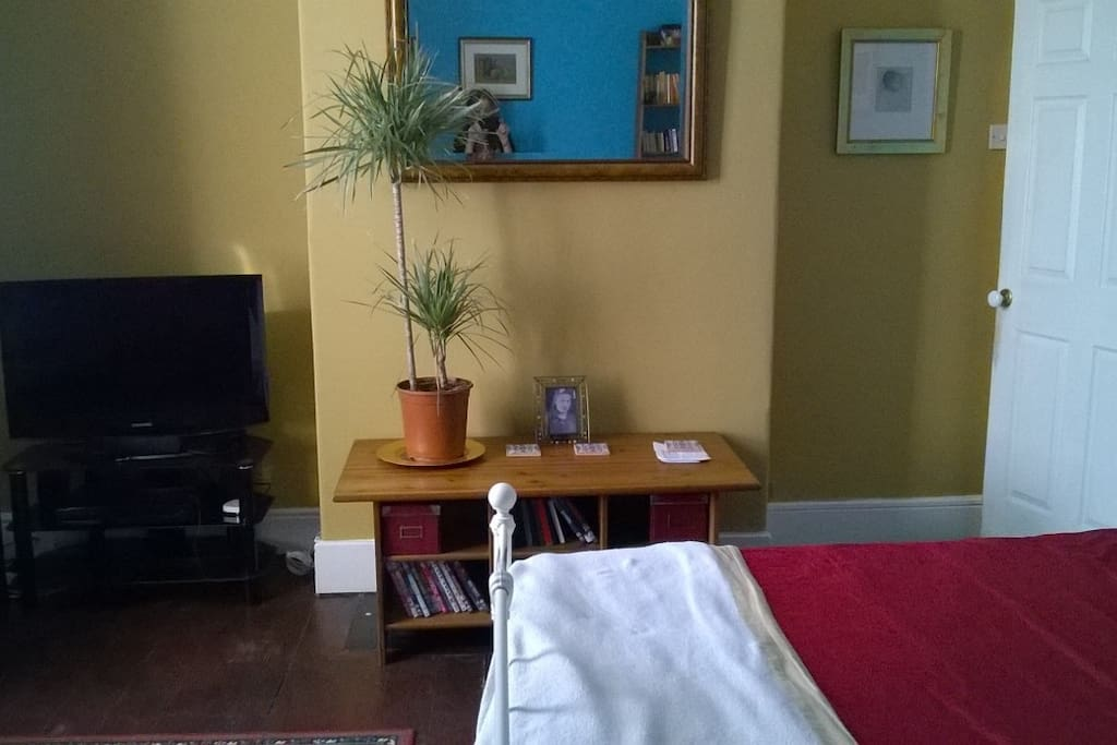 Airy, light and clean but homely. My home is somewhere you can feel at ease