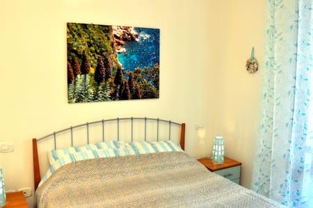 bilocale con giardinetto, 80m dalla spiaggia - Tortoreto Lido - Apartmen