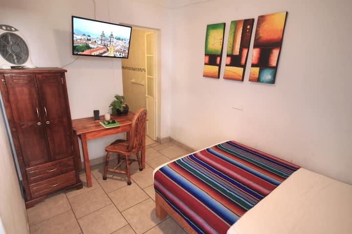 Habitacion eco WIFI/AreasComunes/Pantalla de TV
